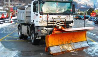 Camion de déblaiement des neiges TMR